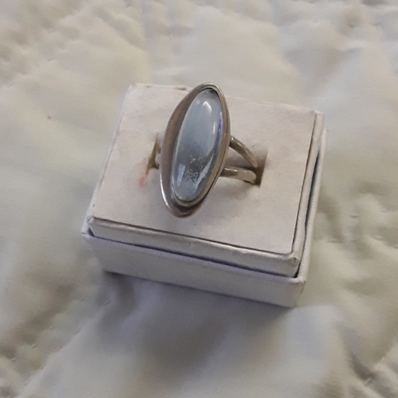 unknown Jewelry - sterling opal ring